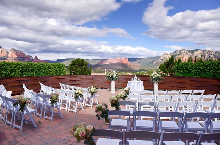 Agave of sedona wedding venue spotlight fftk today were showcasing one of our all time favorite wedding venues agave of sedona this stunning event venue situated in the majestic sedona desert just junglespirit Gallery